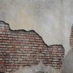 Interventi di stuccatura e integrazioni mancanze