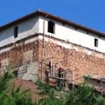 Come garantire il deflusso delle acque piovane su un tetto