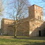La chiesa abbaziale di Santa Giustina a Sezzadio nella campagna del Monferrato