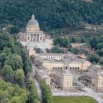 La maestosità del Santuario della Madonna Nera nel Sacro Monte di Oropa