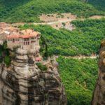 """Le """"Meteore"""" della Tessaglia: i monasteri nelle rocce"""