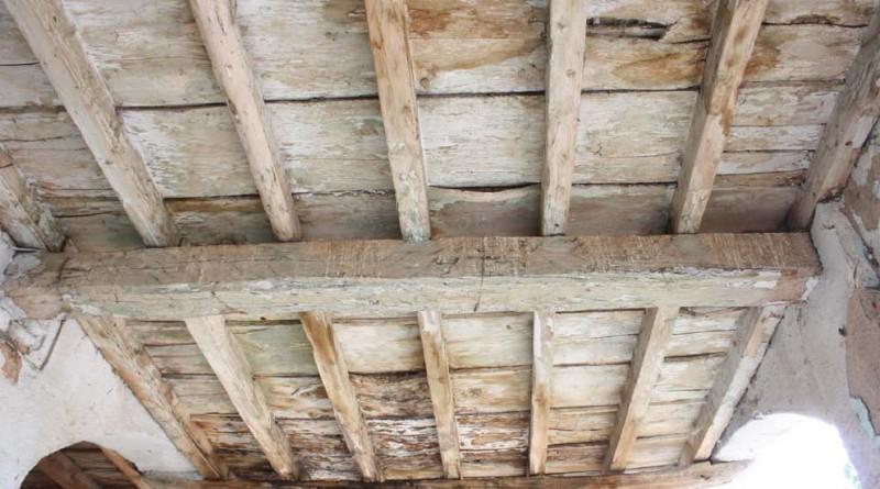restauroeconservazione-solaio-ligneo-con-parti-marcescenti
