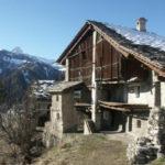Un borgo dove il tempo si è improvvisamente fermato: Elva in Val Maira
