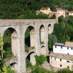 Lo storico acquedotto di Genova nella Val Bisagno