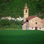 La splendida pieve campestre di Arzello nel piccolo Comune di Melazzo