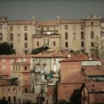 Tra Monferrato e Langhe il borgo collinare di Costigliole d'Asti