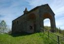A Morsasco poco fuori dal paese una pieve campestre ricca di arte e storia