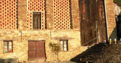 Perchè conservare le pareti grigliate tipiche dei fienili della casa contadina?