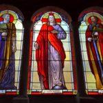 La ricollocazione in opera delle vetrate artistiche di San Pietro a Felizzano