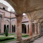 Medioevo in Piemonte: la bellissima Abbazia romanica di Vezzolano